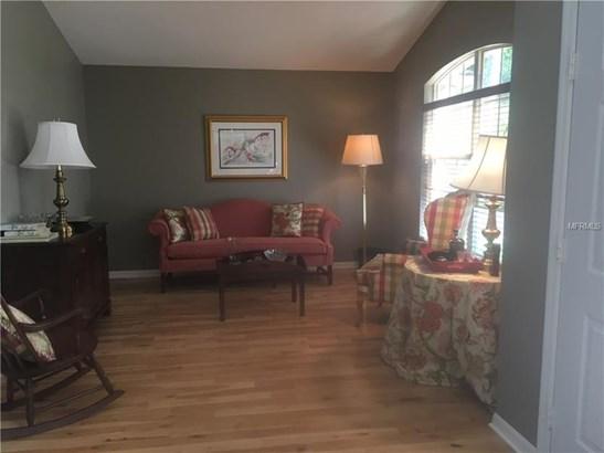 Single Family Residence, Contemporary - LUTZ, FL (photo 2)