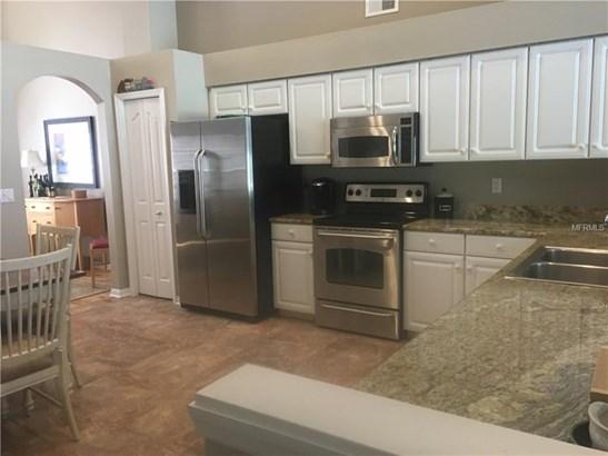 Single Family Residence, Contemporary - LUTZ, FL (photo 3)
