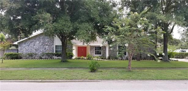 Single Family Residence, Ranch - TEMPLE TERRACE, FL