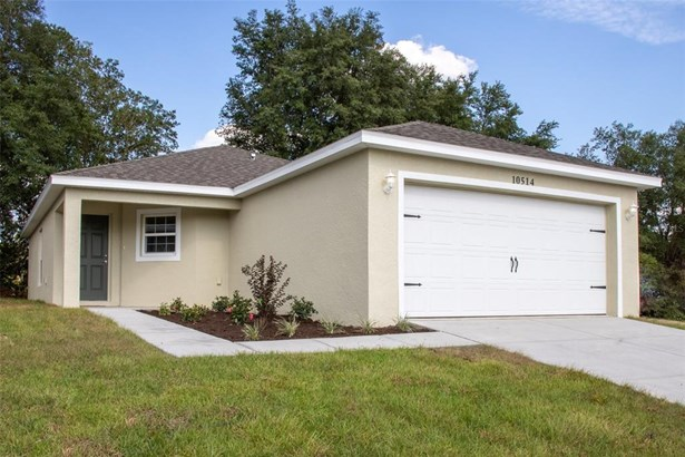 Single Family Residence, Traditional - FLORAL CITY, FL