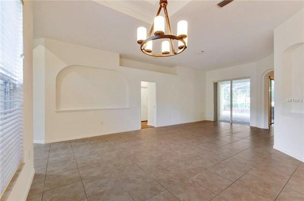 Single Family Home, Contemporary - VALRICO, FL (photo 5)
