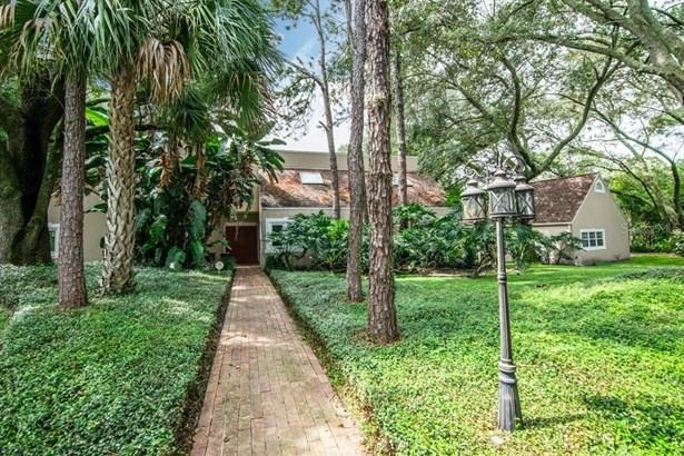 Single Family Residence, Custom - TAMPA, FL