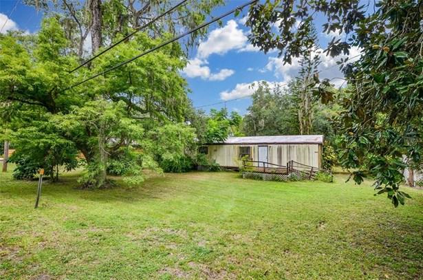 Single Family Residence - THONOTOSASSA, FL