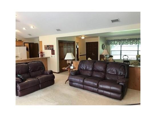 Single Family Home, Florida,Ranch,Traditional - BRANDON, FL (photo 2)