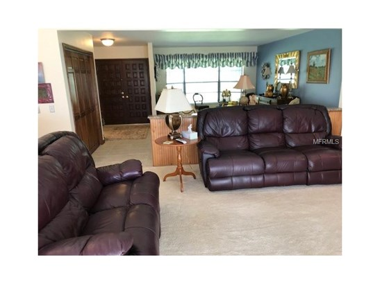 Single Family Home, Florida,Ranch,Traditional - BRANDON, FL (photo 3)