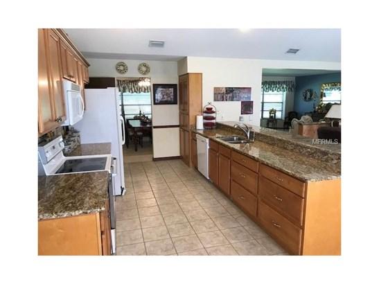 Single Family Home, Florida,Ranch,Traditional - BRANDON, FL (photo 4)