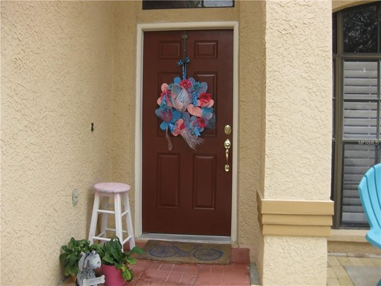 Single Family Residence, Florida - TAMPA, FL (photo 4)