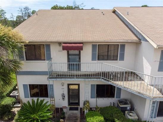 Condominium - WEEKI WACHEE, FL