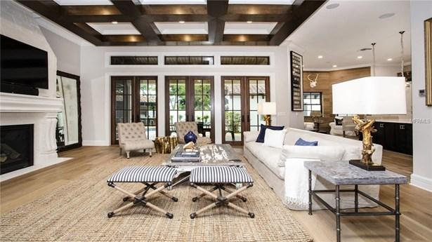 Single Family Residence, Custom - TAMPA, FL (photo 4)