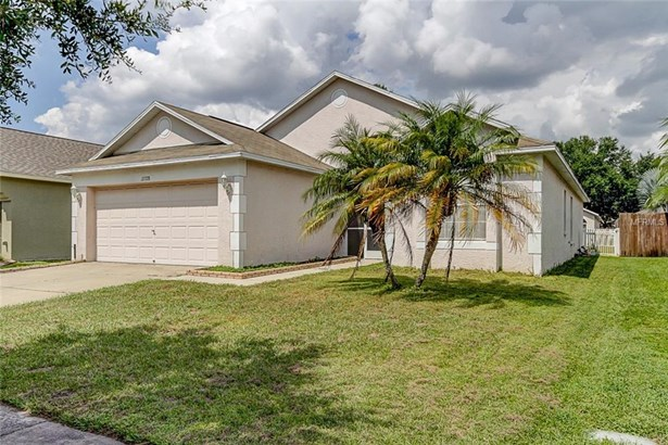 Single Family Residence - GIBSONTON, FL