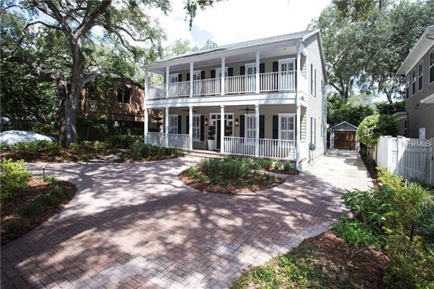 Single Family Residence, Traditional - TAMPA, FL (photo 2)