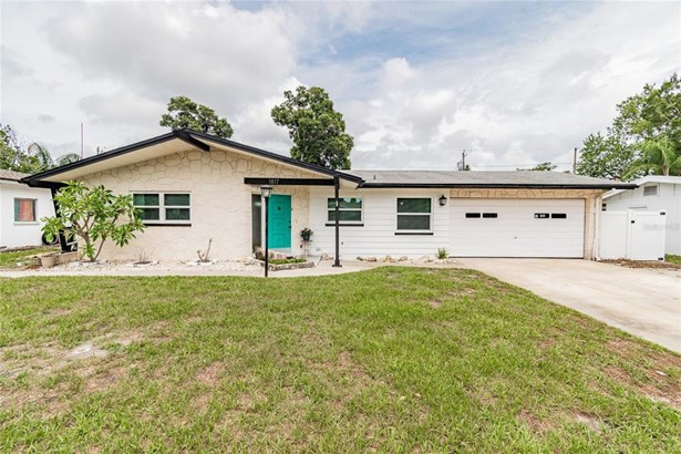 Single Family Residence, Mid-Century Modern - CLEARWATER, FL