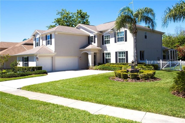 Single Family Residence, Traditional - LUTZ, FL (photo 2)