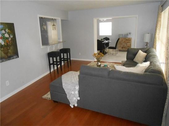 Single Family Home - TAMPA, FL (photo 4)