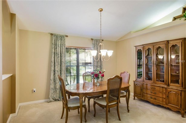 Single Family Residence, Ranch - VALRICO, FL (photo 4)