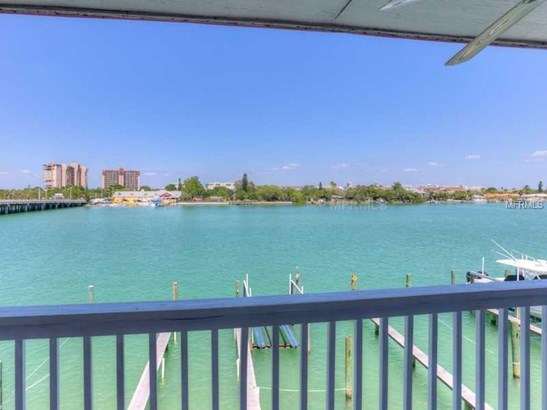 Condo - TREASURE ISLAND, FL (photo 3)