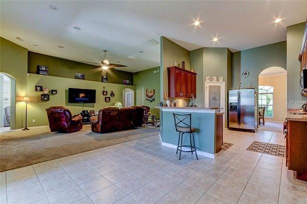 Single Family Residence, Ranch - WESLEY CHAPEL, FL (photo 5)