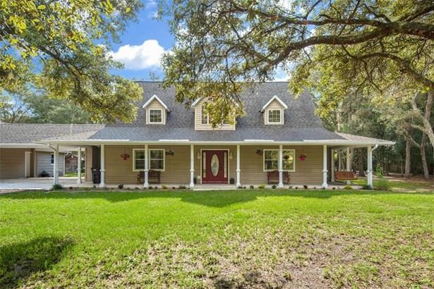 Cape Cod, Single Family Residence - HUDSON, FL
