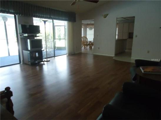 Single Family Home, Traditional - HOLIDAY, FL (photo 4)