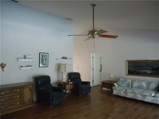 Single Family Home, Traditional - HOLIDAY, FL (photo 5)