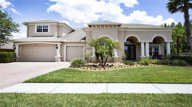 Single Family Residence, Traditional - WESLEY CHAPEL, FL (photo 2)