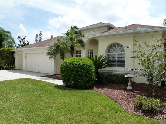 Single Family Residence, Traditional - LUTZ, FL