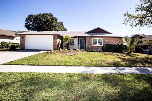 Florida,Traditional, Single Family Residence - BRANDON, FL