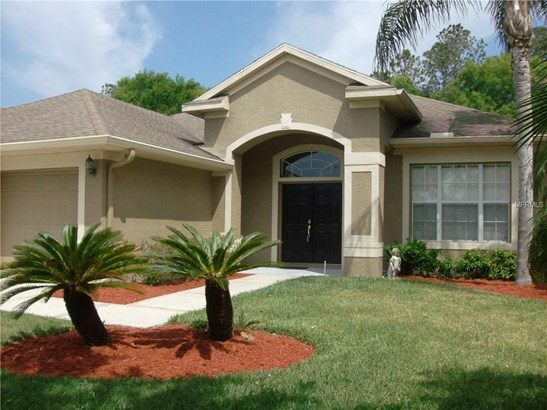 Single Family Residence, Traditional - LAND O LAKES, FL (photo 2)