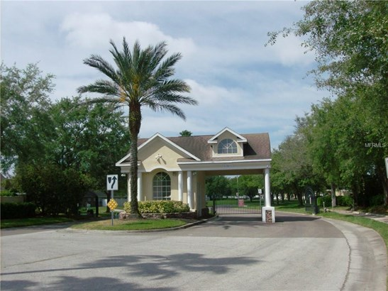 Single Family Residence, Traditional - LAND O LAKES, FL (photo 5)