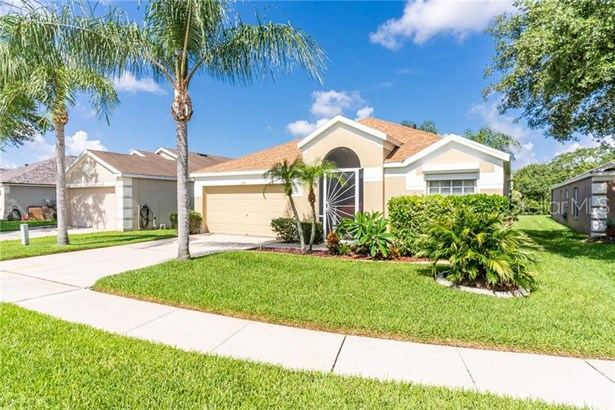 Single Family Residence, Contemporary,Ranch - BRANDON, FL