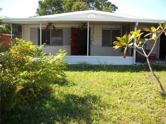 Single Family Home, Ranch - TAMPA, FL (photo 1)