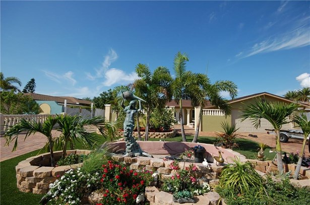 Single Family Residence - APOLLO BEACH, FL (photo 2)