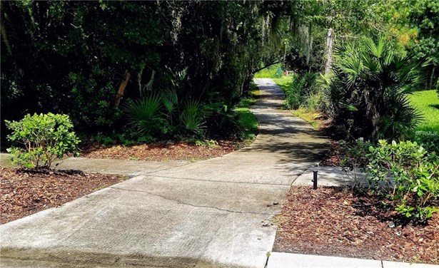 Single Family Residence, Contemporary - LITHIA, FL (photo 4)