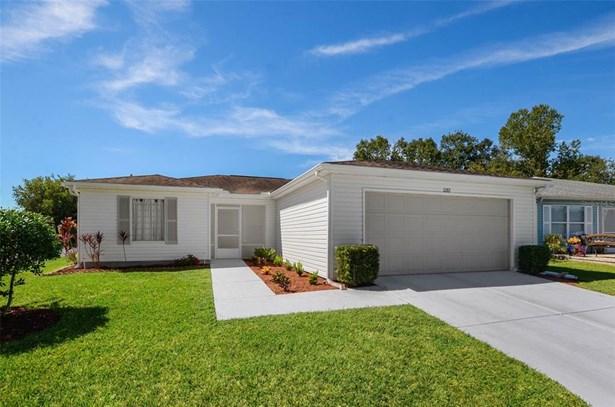 Single Family Residence, Contemporary - SAN ANTONIO, FL