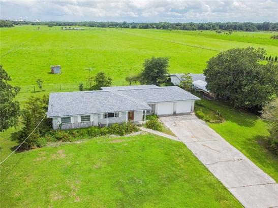 Single Family Residence, Ranch - LITHIA, FL