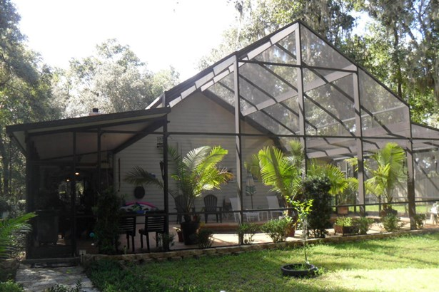 Single Family Waterfront - Fort McCoy, FL (photo 1)