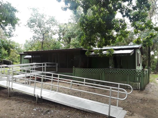 Manufactured Home w/Real Prop - Ocklawaha, FL (photo 1)