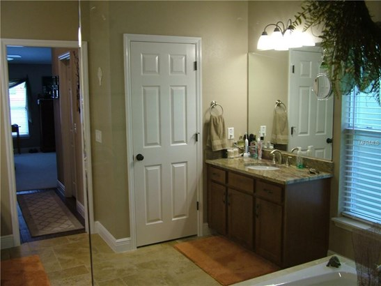 Single Family Residence, Ranch - SUMMERFIELD, FL (photo 5)