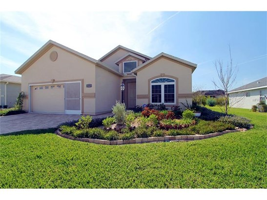 Single Family Home, Traditional - SUMMERFIELD, FL (photo 2)