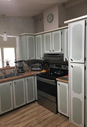 Manufactured Home w/Real Prop - Lady Lake, FL (photo 5)