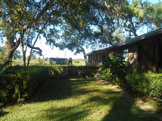 Single Family Waterfront - Salt Springs, FL (photo 2)