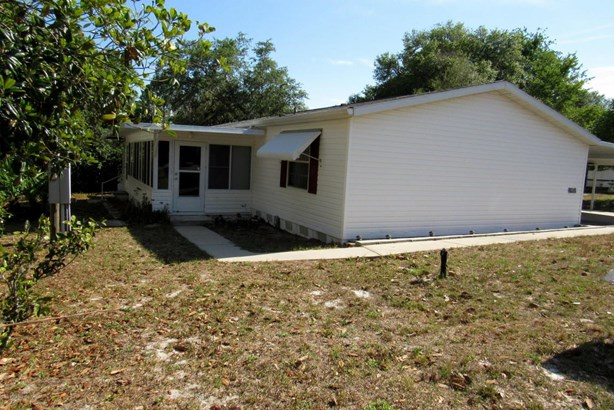 Manufactured Home w/Real Prop - Silver Springs, FL (photo 2)