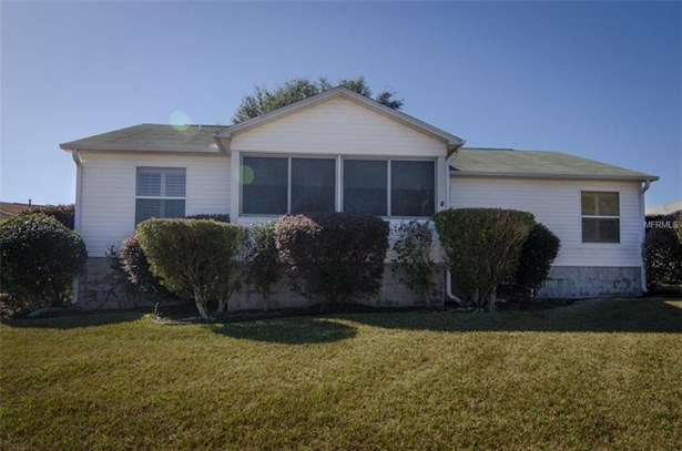 Single Family Home, Traditional - THE VILLAGES, FL (photo 3)