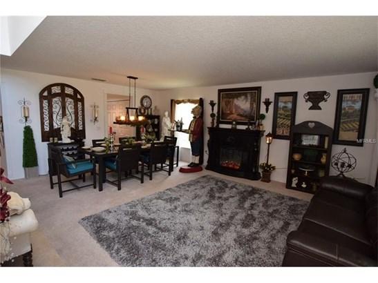 Single Family Home, Traditional - LEESBURG, FL (photo 2)
