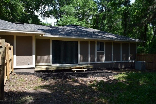 Single Family Residence - Gainesville, FL (photo 4)