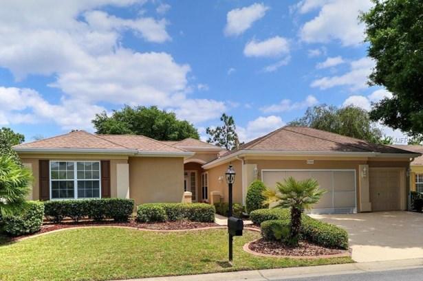 Single Family Residence, Florida - SUMMERFIELD, FL (photo 1)