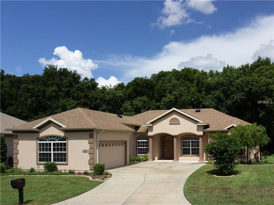 Single Family Residence, Florida,Ranch - SUMMERFIELD, FL (photo 1)
