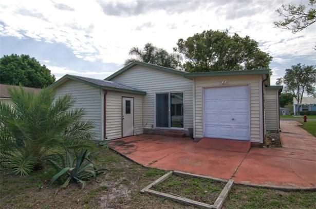 Single Family Home, Ranch - LADY LAKE, FL (photo 4)
