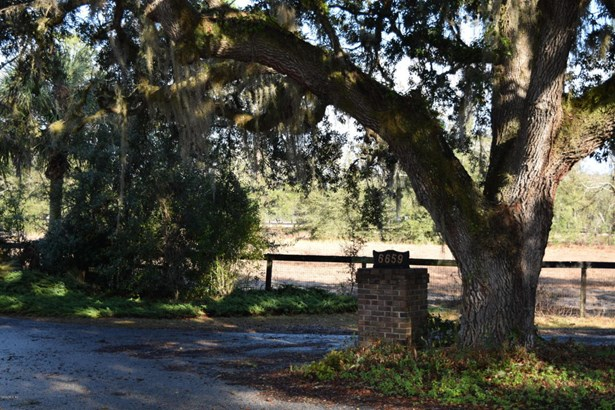 Single Family Acreage - Anthony, FL (photo 2)