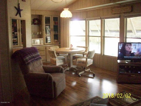 Manufactured Home w/Real Prop - Silver Springs, FL (photo 4)